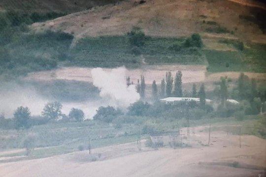 На границе Армении и Азербайджана возобновились боевые действия