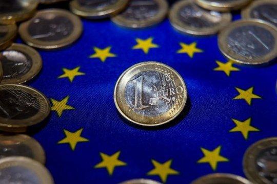Еврокомиссия вновь снизила экономический прогноз для стран ЕС