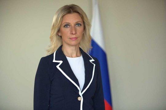 Захарова назвала лицемерным заявление Макрона по событиям в Белоруссии
