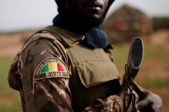 Малийские военные обещают создать переходное правительство
