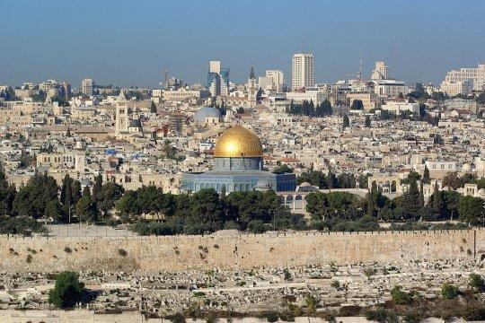 «Нож в спину» Палестине