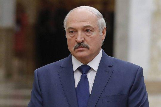 Лукашенко поручил пригласить генпрокуроров России и Украины для разбирательства с задержанными россиянами