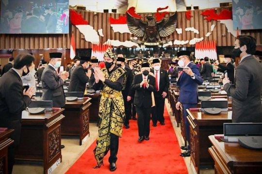 Пандемия COVID-19 и её влияние на экономику Индонезии