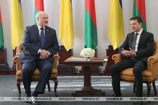 Лукашенко и Зеленский обсудили судьбу задержанных в Белоруссии «боевиков»