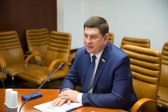 Совместные научные проекты позволят России и Китаю занять лидерские позиции в современном мире - В. Смирнов