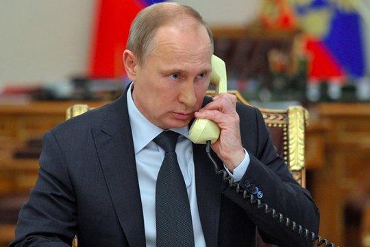 Путин обсудил ситуацию вокруг Белоруссии с главой Евросовета