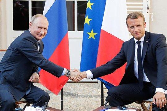 Во Франции начато расследование утечки в прессу содержания разговора Макрона и Путина
