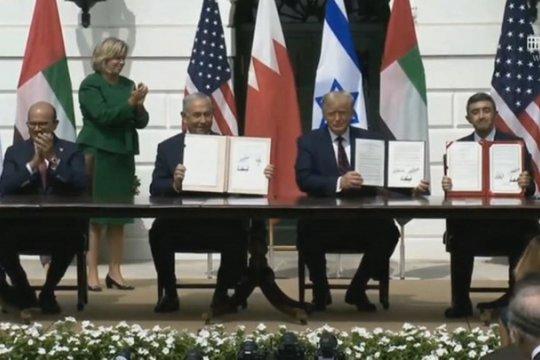 ОАЭ, Бахрейн и Израиль подписали соглашение о нормализации отношений