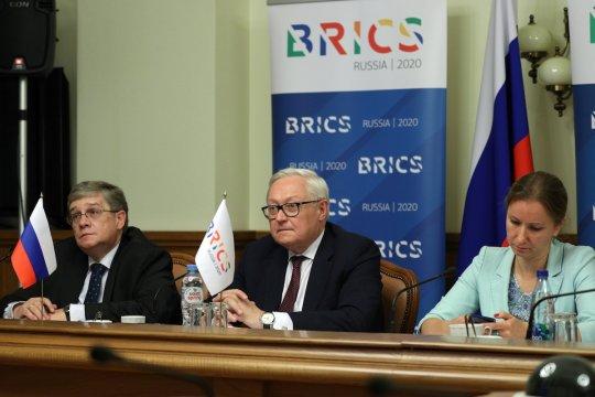 Шерпы/су-шерпы стран БРИКС обсудили ход реализации приоритетов взаимодействия на текущий год, а также некоторые аспекты подготовки XII саммита объединения