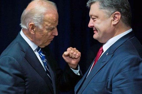 Пленки Деркача: Байден назвал Порошенко «отцом нации»