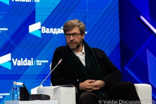 Фёдор Лукьянов: Власть распыляется