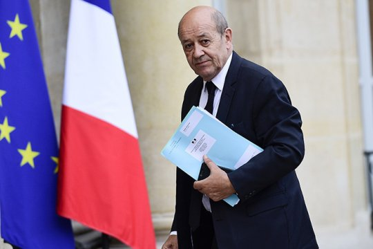 Глава МИД Франции заявил о вовлеченности Турции в конфликт в Карабахе