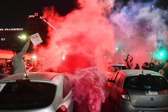 В Польше продолжаются массовые протесты против запрета абортов