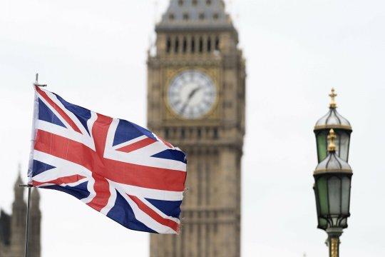 Британия хлопает дверью, но оставляет ее приоткрытой