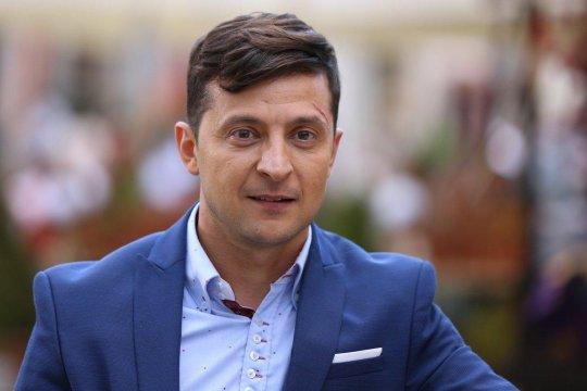 Суд обязал Зеленского общаться на украинском языке