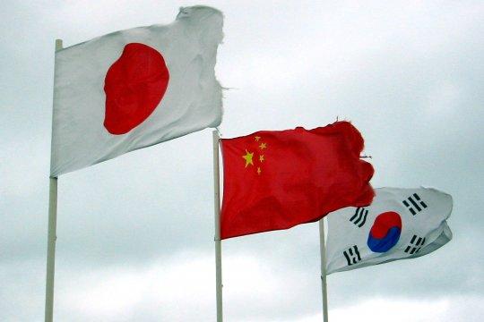 Трехсторонний саммит в Восточной Азии и «избирательная память» о прошлом