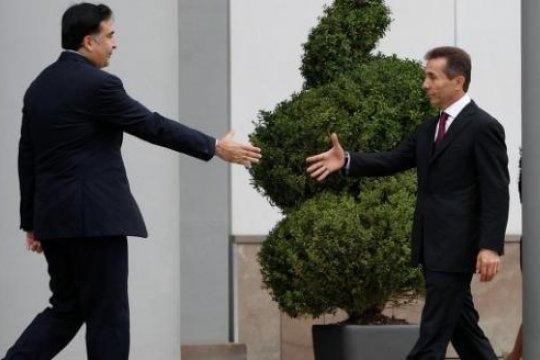 К парламентским выборам в Грузии: Саакашвили vs Иванишвили
