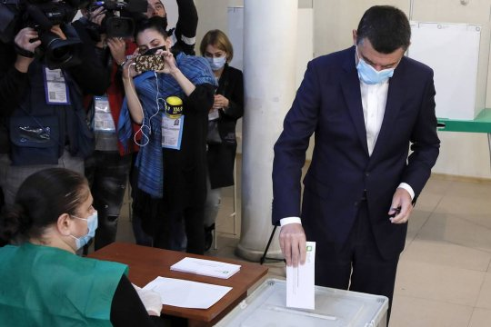Провал оппозиции и третий срок партии власти (к итогам парламентских выборов в Грузии)