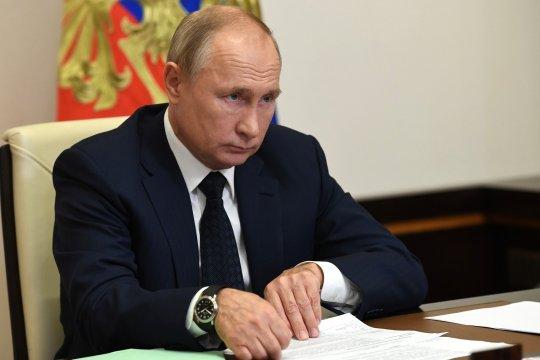 Путин назвал теракт в Вене жестоким и циничным преступлением