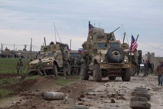 Американские военные перебросили в Сирию большое количество вооружений
