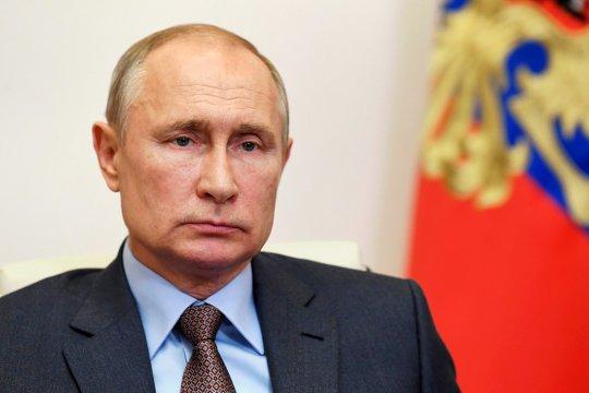 Путин выразил соболезнования сербскому народу в связи с кончиной Патриарха Сербского Иринея