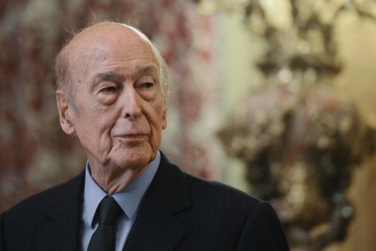 Умер бывший президент Франции Валери Жискар д'Эстен