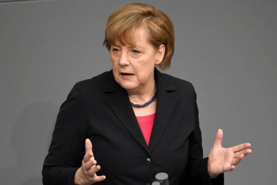 Меркель утвердила введение жесткого локдауна в Германии