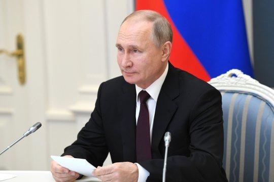 Путин выразил надежду на успешное сотрудничество России с AstraZeneca по вакцине от COVID-19