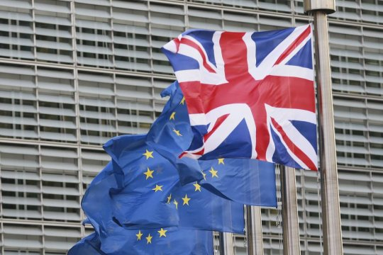 Евросоюз подписал сделку по Brexit