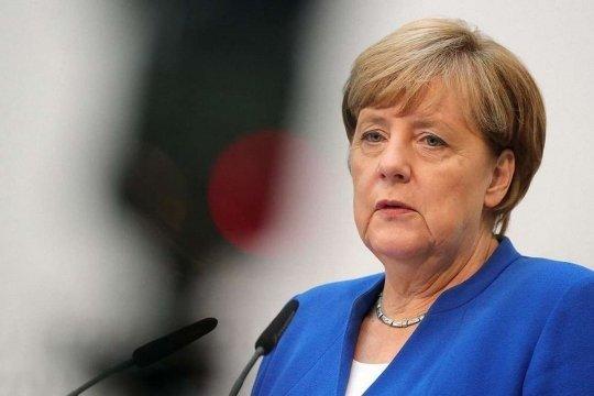 Меркель заявила, что ФРГ хочет хороших стратегических отношений с Москвой