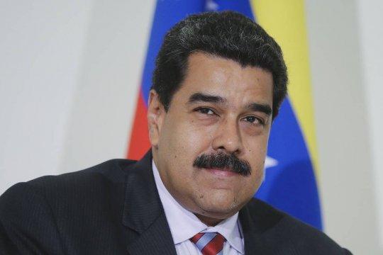 Мадуро заявил о победе своей партии на выборах в парламент