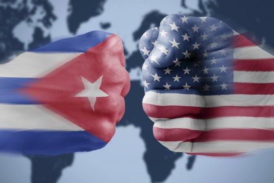 Власти Кубы назвали лицемерным решение США вернуть страну в список государств-спонсоров терроризма