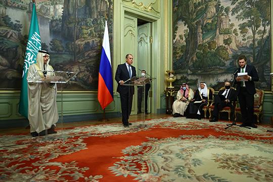 Сергей Лавров провел переговоры с главой МИД Саудовской Аравии