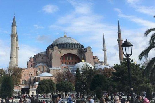 Греция призвала Турцию вернуть собору Святой Софии статус музея