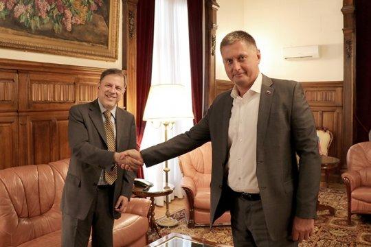 У России и Аргентины общие взгляды на проблемы современного мироустройства