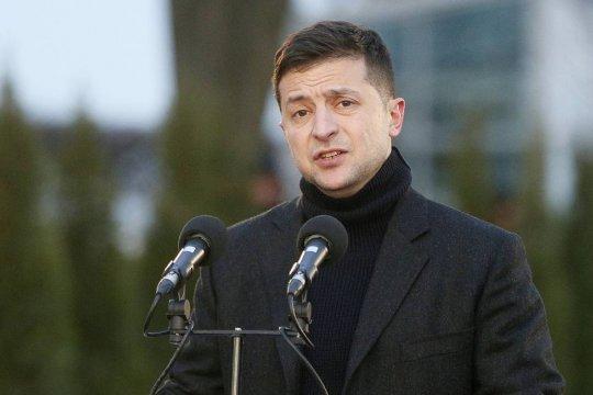 Зеленский поехал в Донбасс в сопровождении послов стран G7