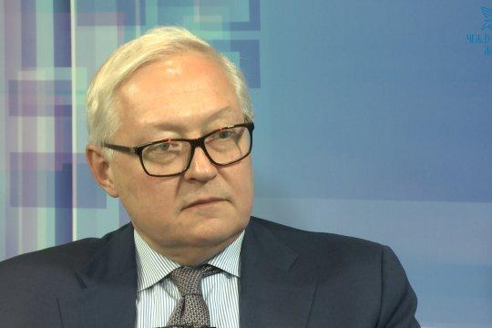 Рябков допустил возможность проведения политики сдерживания США