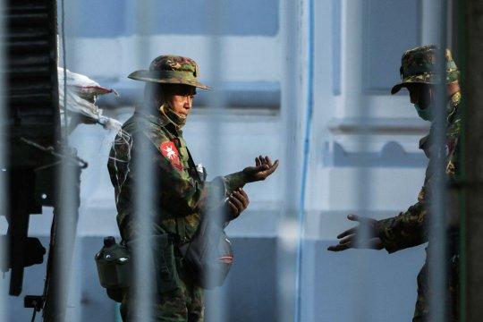 Военные захватили власть в Мьянме