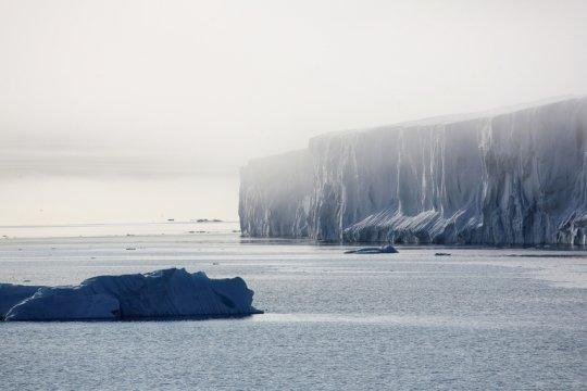 Россия, США и КНР усиливают позиции в Арктике