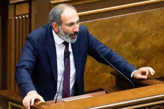 Пашинян подаст в отставку в апреле для проведения парламентских выборов