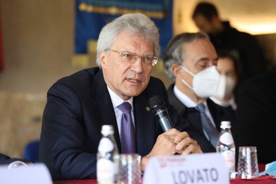Посол России в Италии оценил ситуацию с регистрацией вакцины «Спутник V»