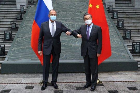 Россия и Китай договорились продлить Договор о добрососедстве