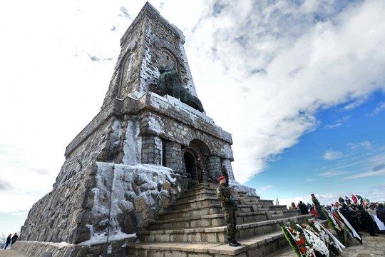 Память об освобождении Болгарии давно принадлежит народам, а не политикам