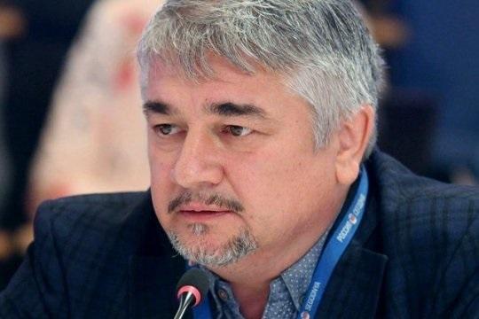 Ростислав Ищенко: США хотят «поджечь» границу РФ от Балтики до Каспийского моря