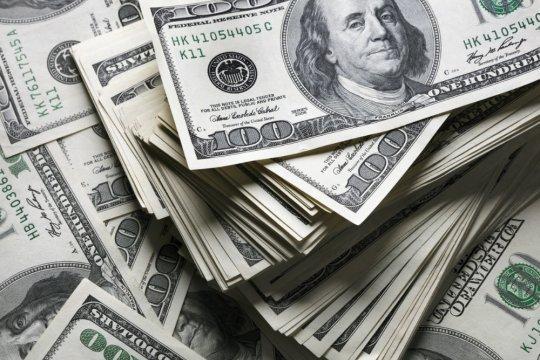 Bloomberg: доля доллара в российском экспорте упала ниже 50%