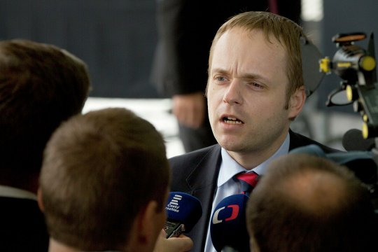 Глава МИД Чехии допустил высылку 60 сотрудников посольства России