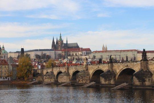 В МИД Чехии назвали число остающихся в Праге сотрудников посольства России