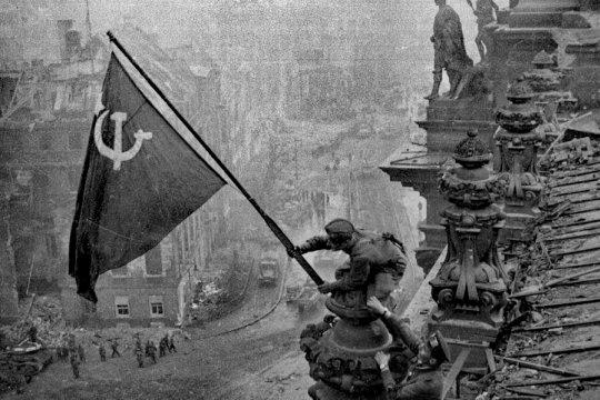 Почему американцы не пошли на штурм Берлина?