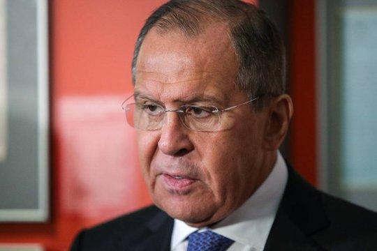 Лавров заявил о высылке десяти американских и трех польских дипломатов