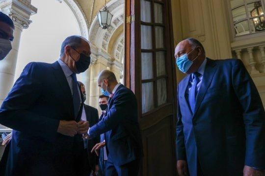 Россия и Египет выступают за возвращение Сирии в ЛАГ